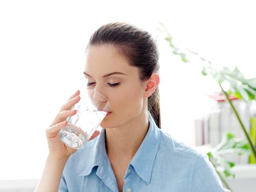Health benefits of drinking warm water in winters