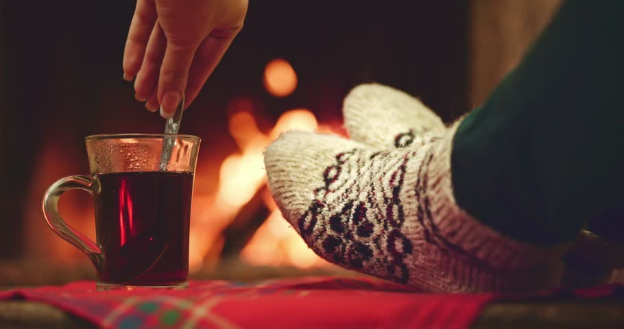 Amazing home remedies to warm up feet in winters